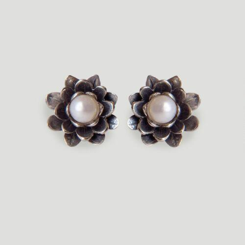Novica White-Eyed Lotus Pearl Flower Earrings