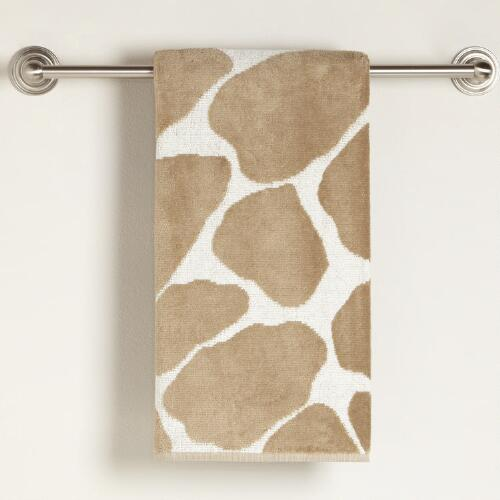 Giraffe Velour Bath Towel