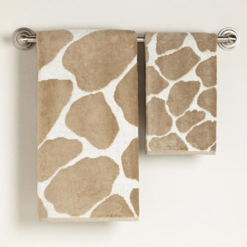 Giraffe Bath Towel Collection