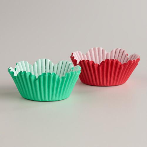 Mint and Red Scalloped Baking Cups