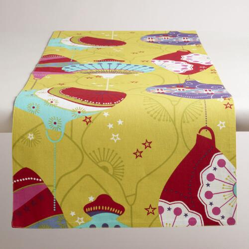 Kokeshi Lantern Table Runner