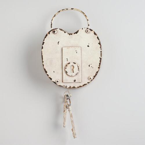 White Round Lock and Key Wall Hanging