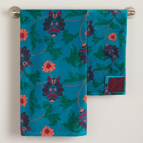 Nouveau Feather Bath Towel Collection