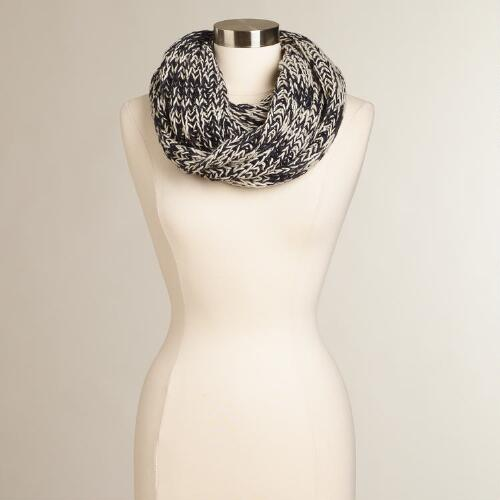 Chunky Black and White Infinity Scarf