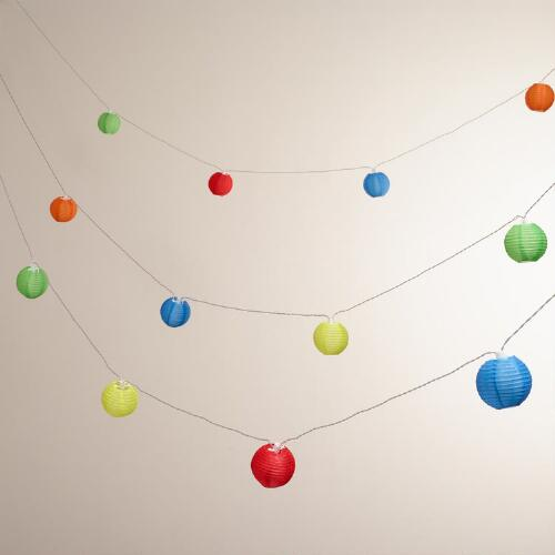 Multicolor 10-Lantern Solar String Lights