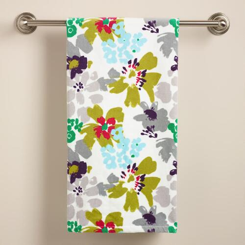 Watercolor Daisies Bath Towel