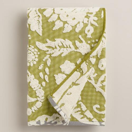 Green and Ivory Bliss Paisley Sculpted Bath Towel