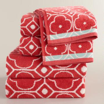 Coral Geo Jacquard Bath Towel Collection