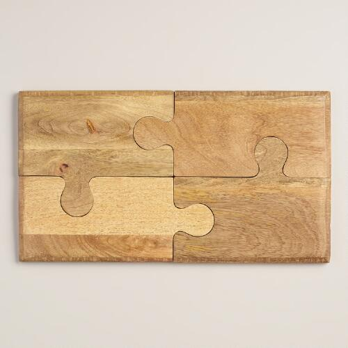 Wood 4-Piece Puzzle Cutting Board