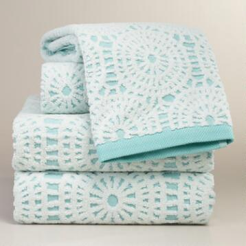 Porcelain Blue Lydia Medallion Sculpted Towels