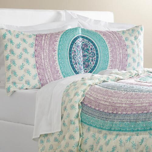 Naomi Bedding Collection