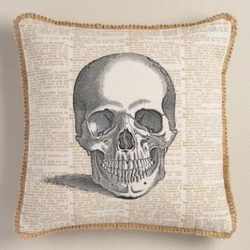 Skull Halloween Throw Pillow