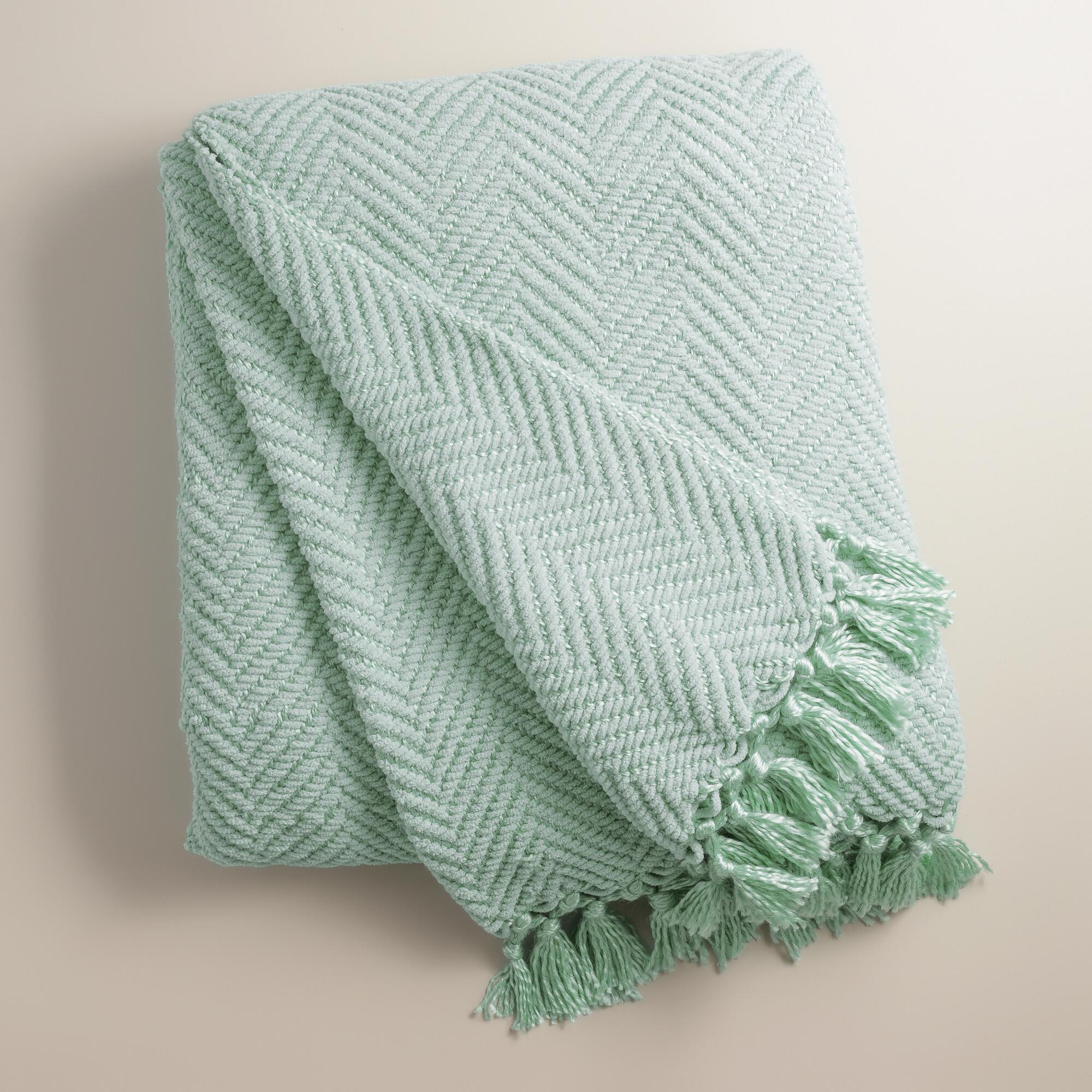 Surf Blue Chunky Chenille Throw - My Favorite Things - thediybungalow.com