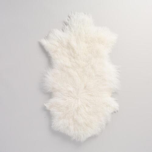 "20""x35"" White Mongolian Sheepskin Area Rug"