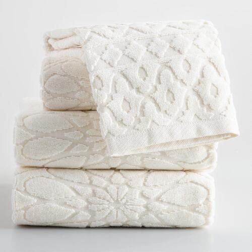 Ivory Madeleine Sculpted Towel Collection