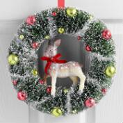 Bottlebrush Wreath with Deer