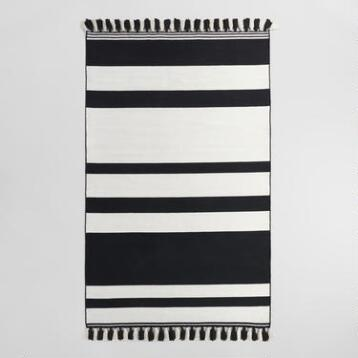 5'x8' Black and Cream Stripe Woven Indoor Outdoor Rug