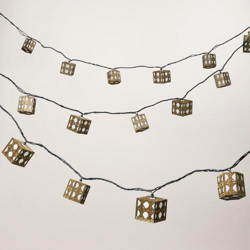 Natural Cane 10 Bulb String Lights