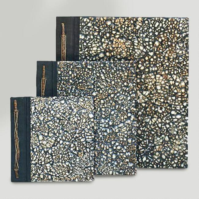Novica Nature's Memoirs Eggshell Photo Albums, Set of 3