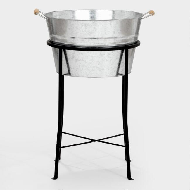 Black Metal Party Tub Stand- see a bunch more helpful ideas for rustic farmhouse decor and resources for lovely metalware!