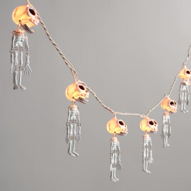 Dangling Skeletons Halloween String Lights