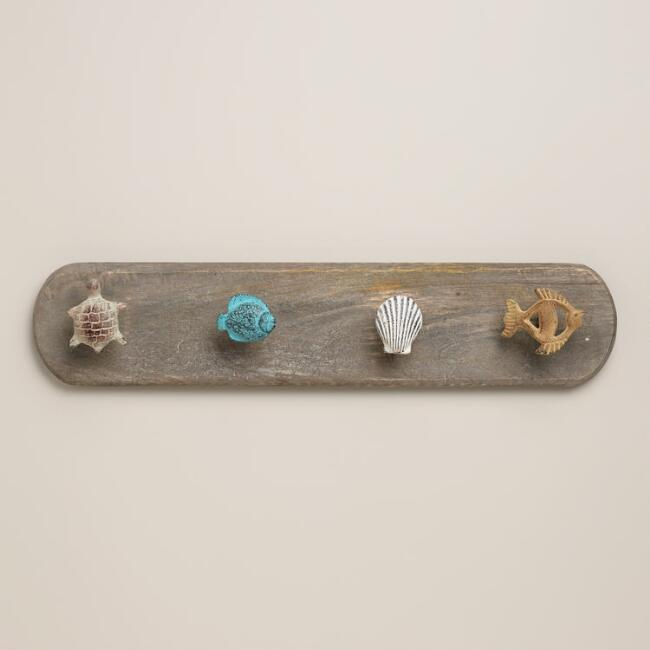 Wooden Sea Icon Wall Hanger
