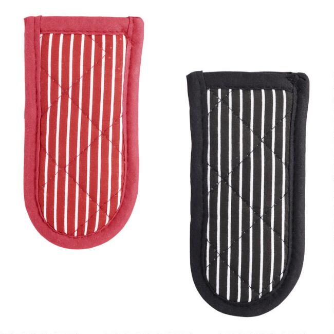 Lodge Fabric Hot Handle Holders 2 Pack
