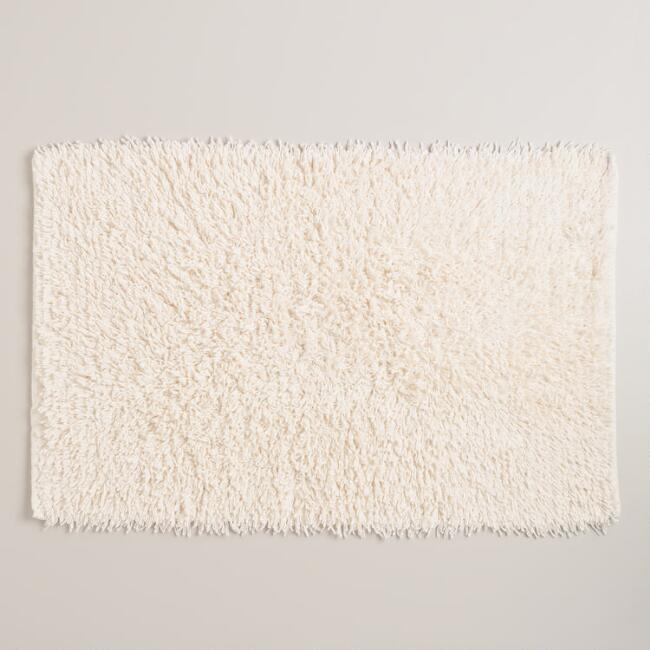 Ivory Looped Yarn Bath Mat