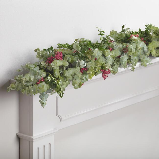 Live 6' Festive Eucalyptus and Pepperberry Garland