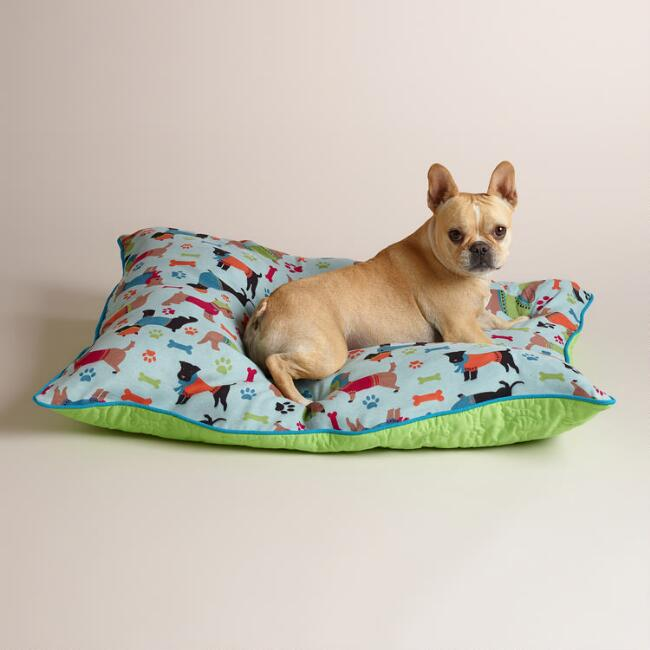 Winter Dog Print Microfiber Pet Bed