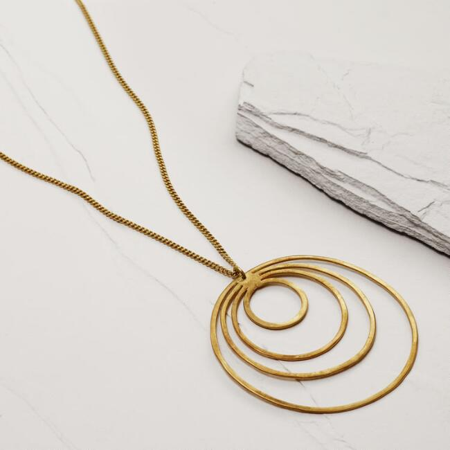 Gold Duara Circle Pendant Necklace