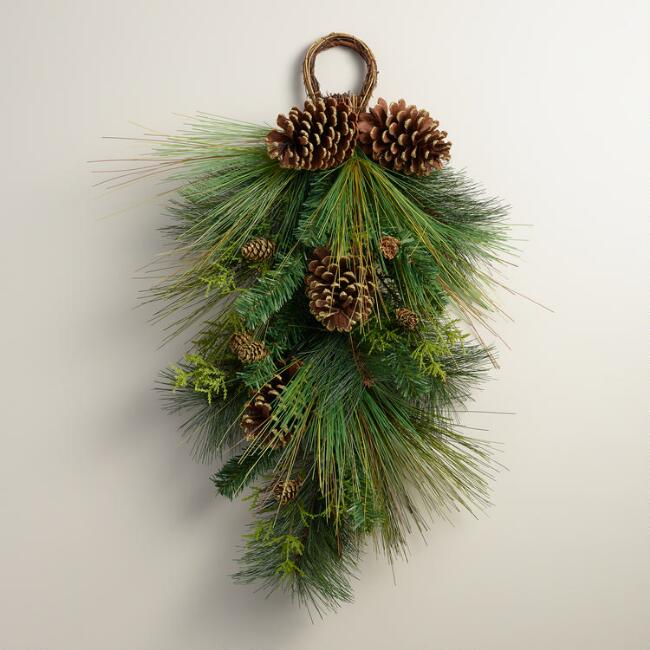 Pine Teardrop Swag Wall Decor
