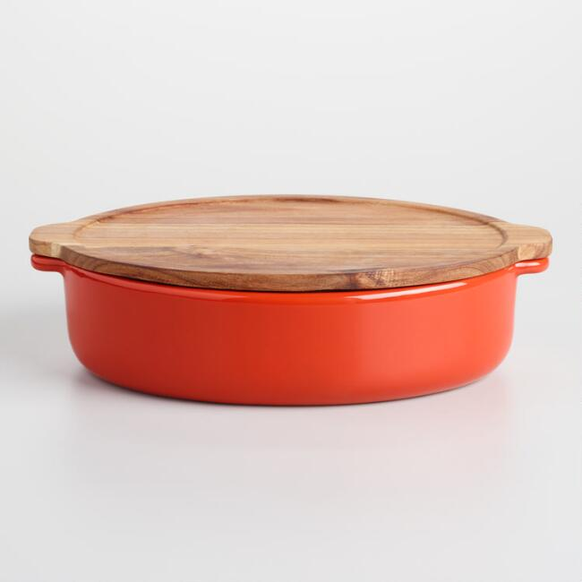 Large Red Baker with Oak Wood Trivet Lid