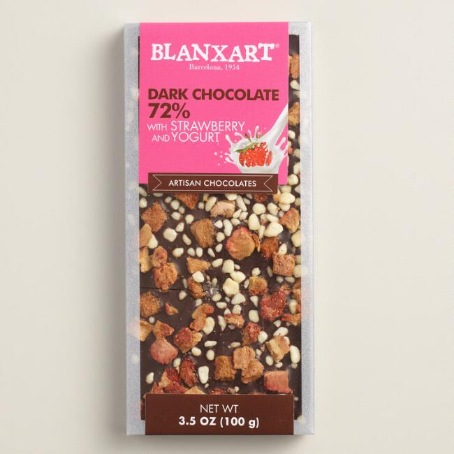 Blanxart Strawberry Yogurt Dark Chocolate Bar