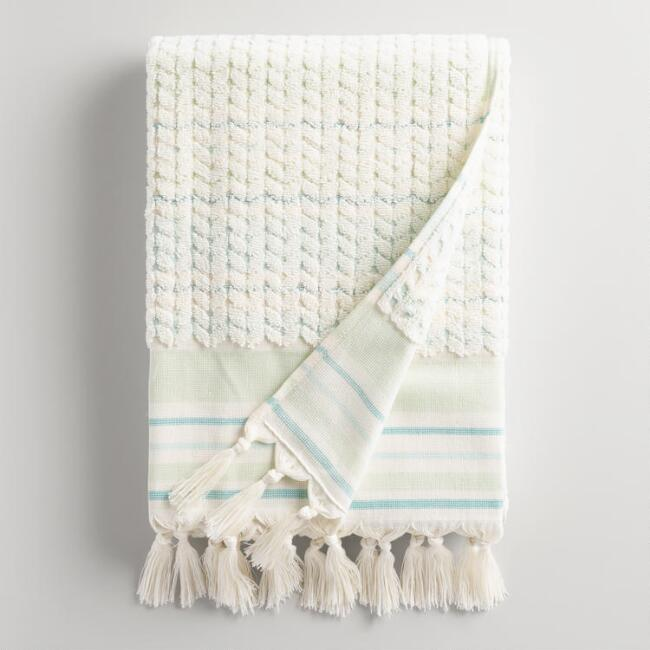Mint Riley Sculpted Bath Towel
