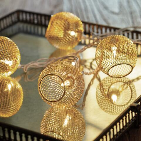 Gold Wire Globe 10 Bulb String Lights