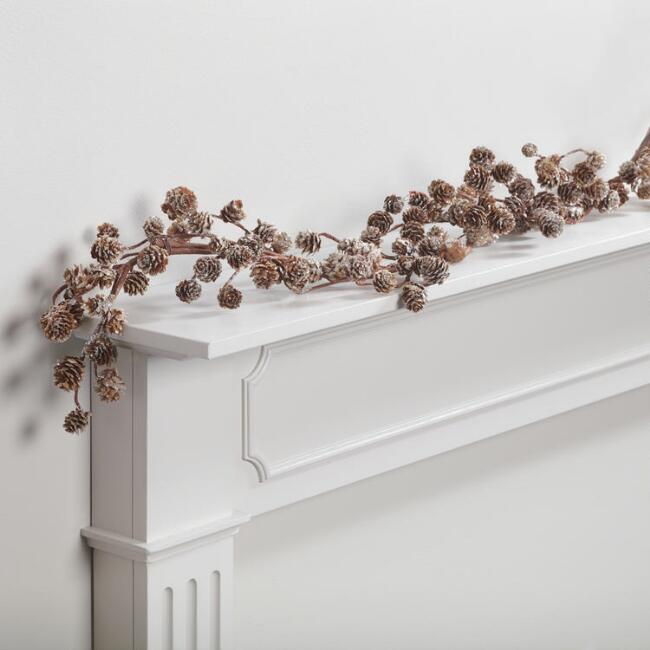 Icy Pinecone Garland