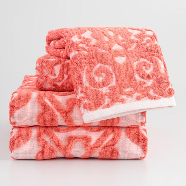 Coral Ombre Lila Towel Collection