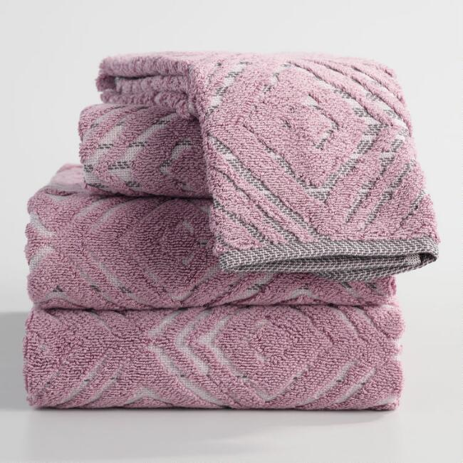 Lilac Ombre Diamond Stella Towel Collection