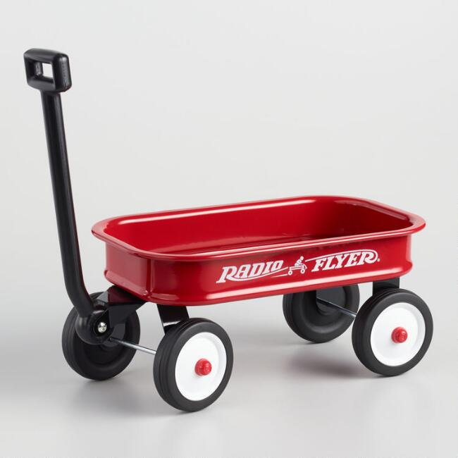 Radio Flyer Little Classic Red Wagon