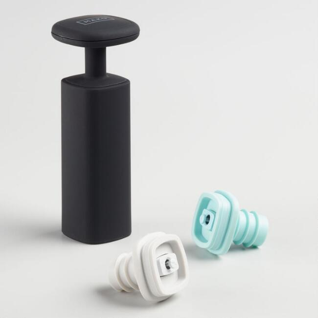 Mako Vacuum Wine Preserver and Stoppers