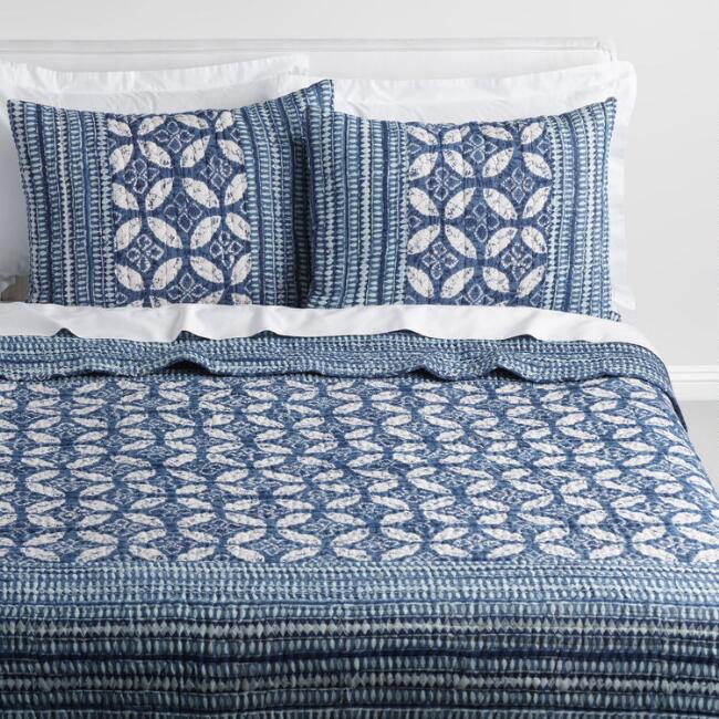 Indigo Geometric Kantha Kashvi Bedding Set