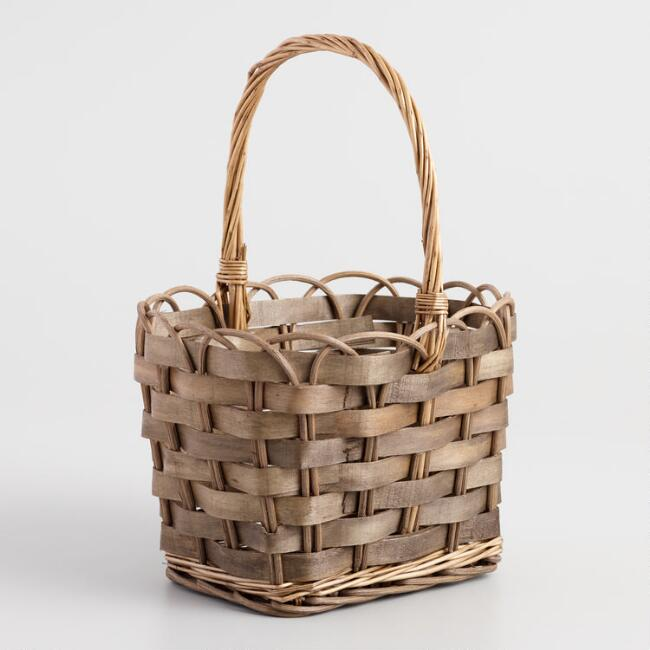 Scalloped Rim Handle Basket