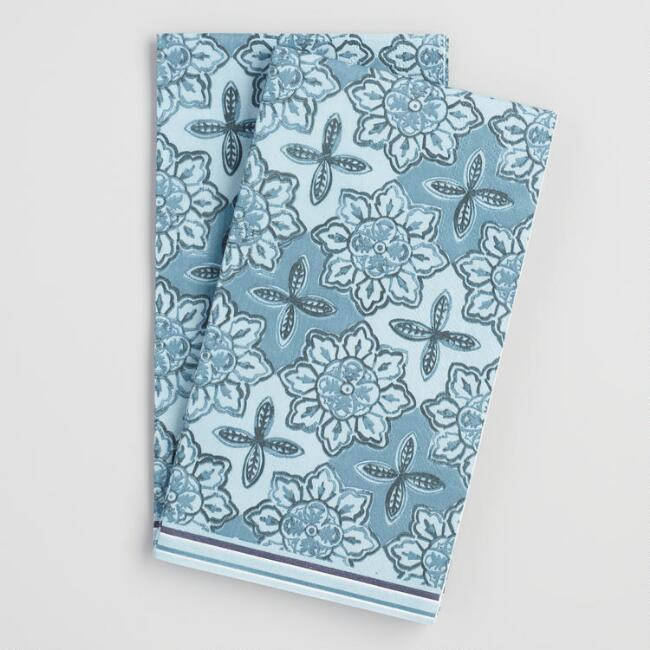 Blue and White Tile Guest Napkins 20 Count