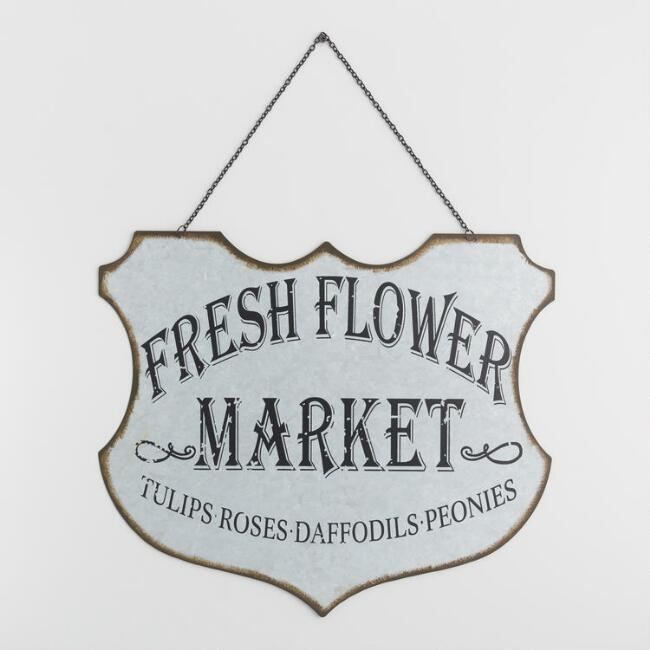 Fresh Flower Market Galvanized Metal Sign - discover a host of lovely rustic decor in this round up of galvanized metal farmhouse style and vintage chic design splendor!