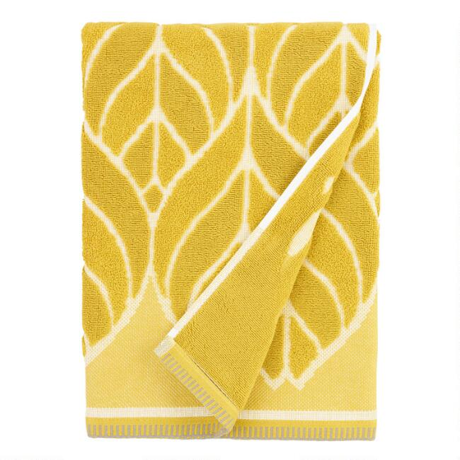 Chartreuse Green Leaf Sculpted Anise Bath Towel