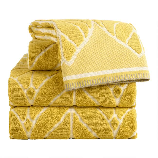 Chartreuse Green Leaf Sculpted Anise Towel Collection