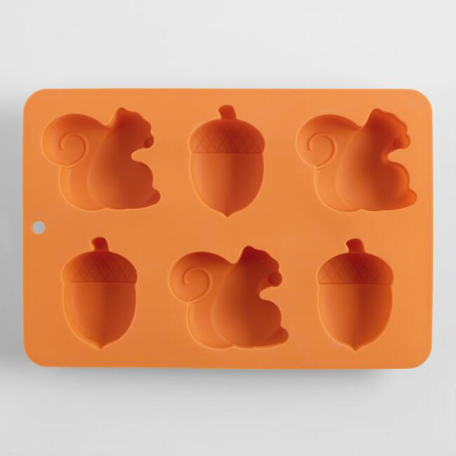 Squirrel and Acorn Silicone Baking Pan