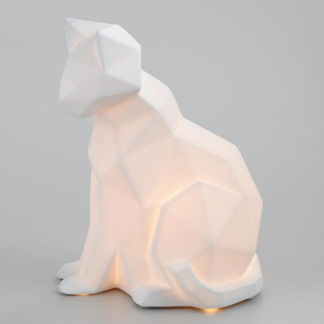 White Porcelain Geometric Cat Figure Lamp