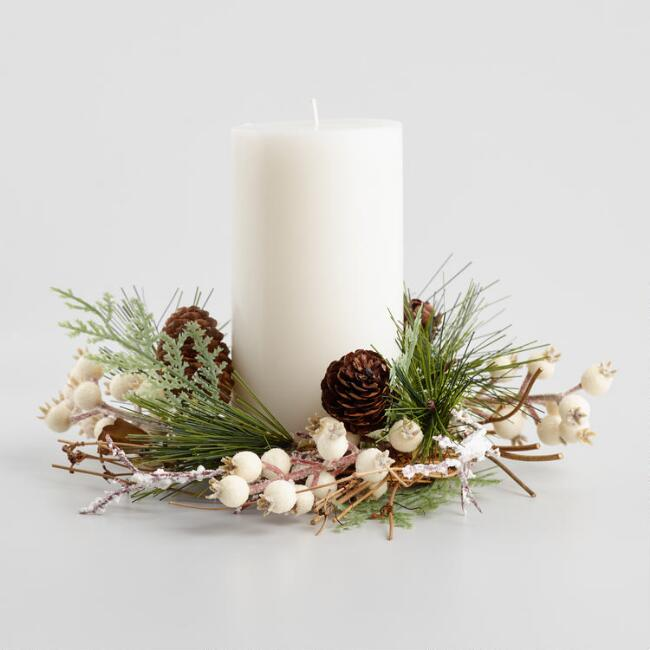Ivory Holiday Berry Candle Ring